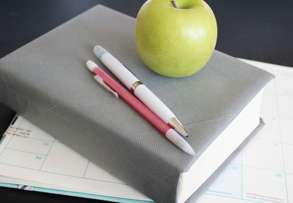cover books with olyfun