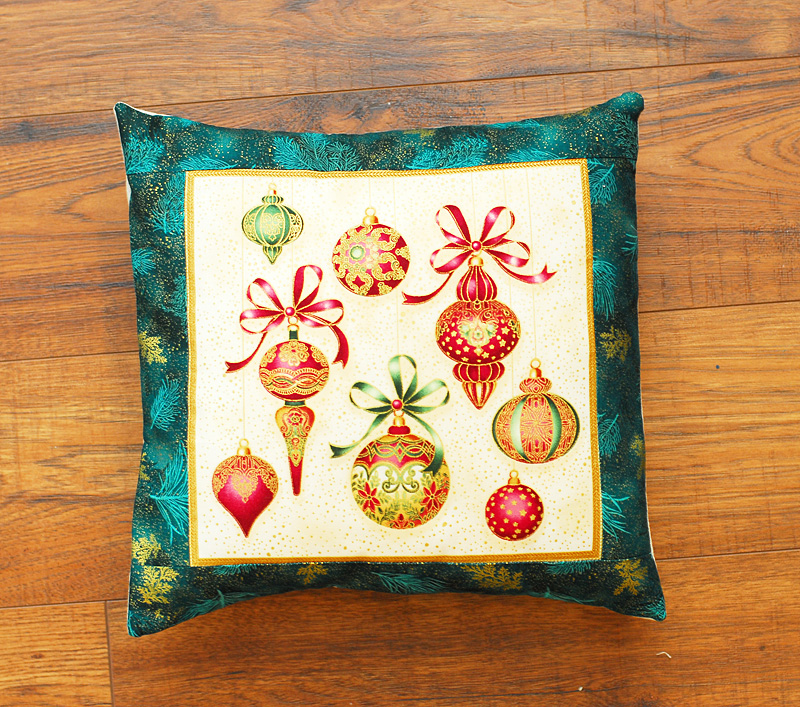 pieced holiday pillow cover