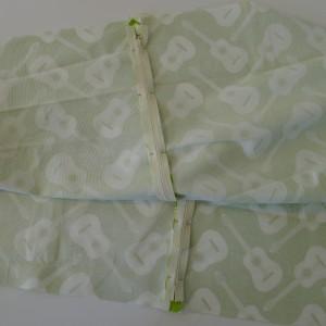 Simple Zipper Pillow 009