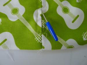 Simple Zipper Pillow 014