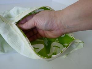 Simple Zipper Pillow 020