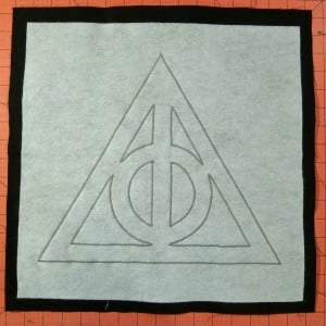 036 Harry Potter Deathly Hallows Pillow