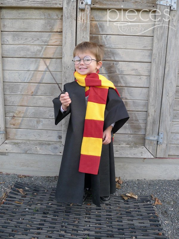 042-OlyFun-Wizard-Robe Easy Oly*Fun Harry Potter Costume w/ No-Sew Option