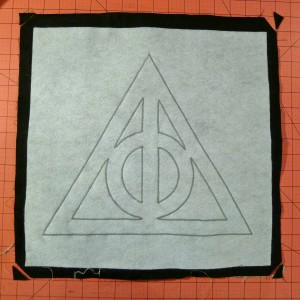 047 Harry Potter Deathly Hallows Pillow