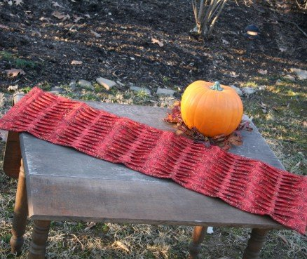 Fall Pin Tuck & Flip Table Runner