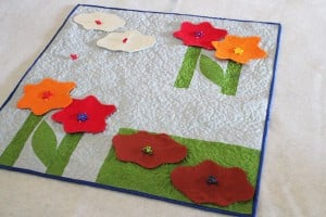 button quilt play mat