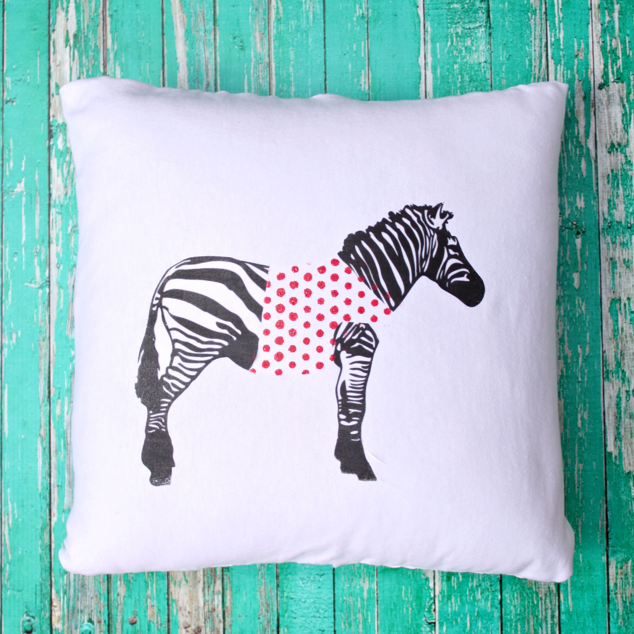 anthropologie knock off zebra pillow - fairfield world craft projects Unique Pillow Patterns