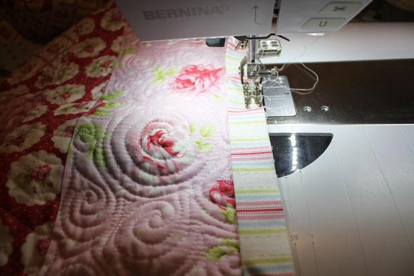 machine stitch quilt binding