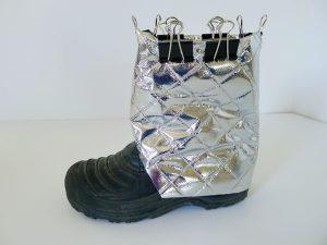 015-astronaut-boots