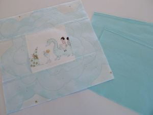 016-magic-pillows