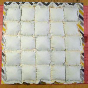 014-cuddle-puff-pillows