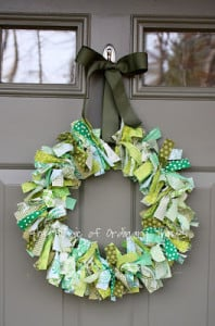 st-patricks-day-wreath-diy-198x300